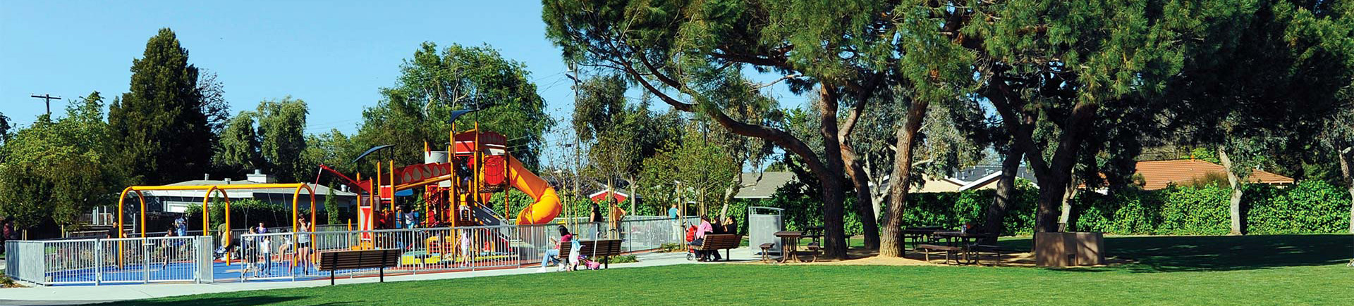 Laurel Crossing  Apartments in San Mateo, CA - Laurie Meadows Park